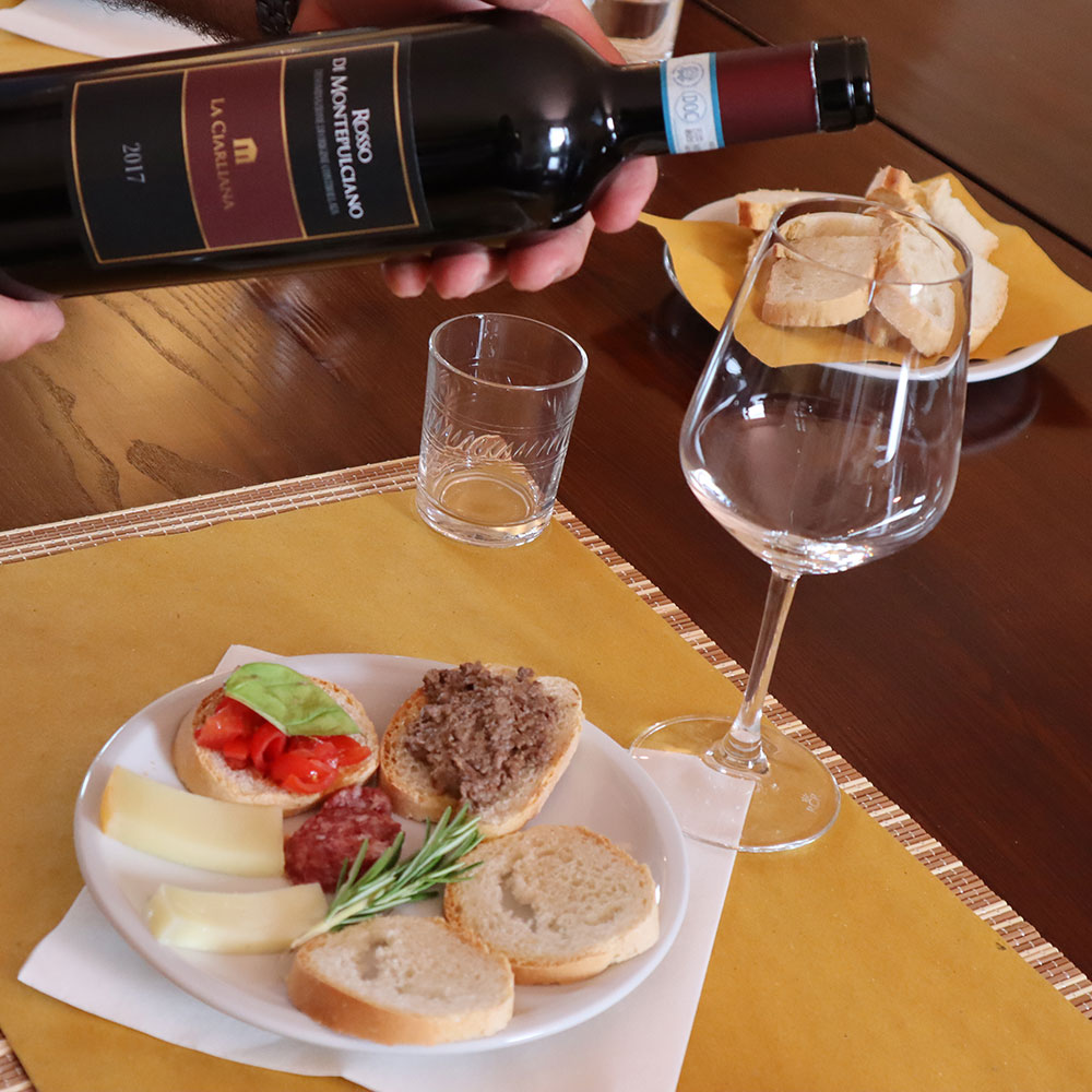 Wine tourism learning game Food & wine pairing tasting